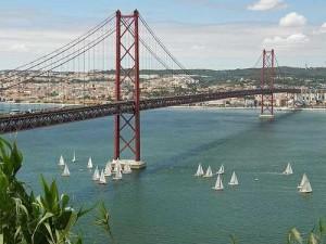 20150527113425074000_pt_lisboa_ponte-25-de-abril_2343342997_b6d218b689